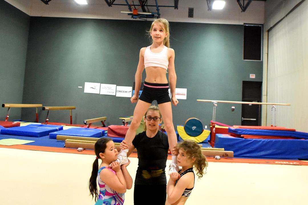 cheer pyramide