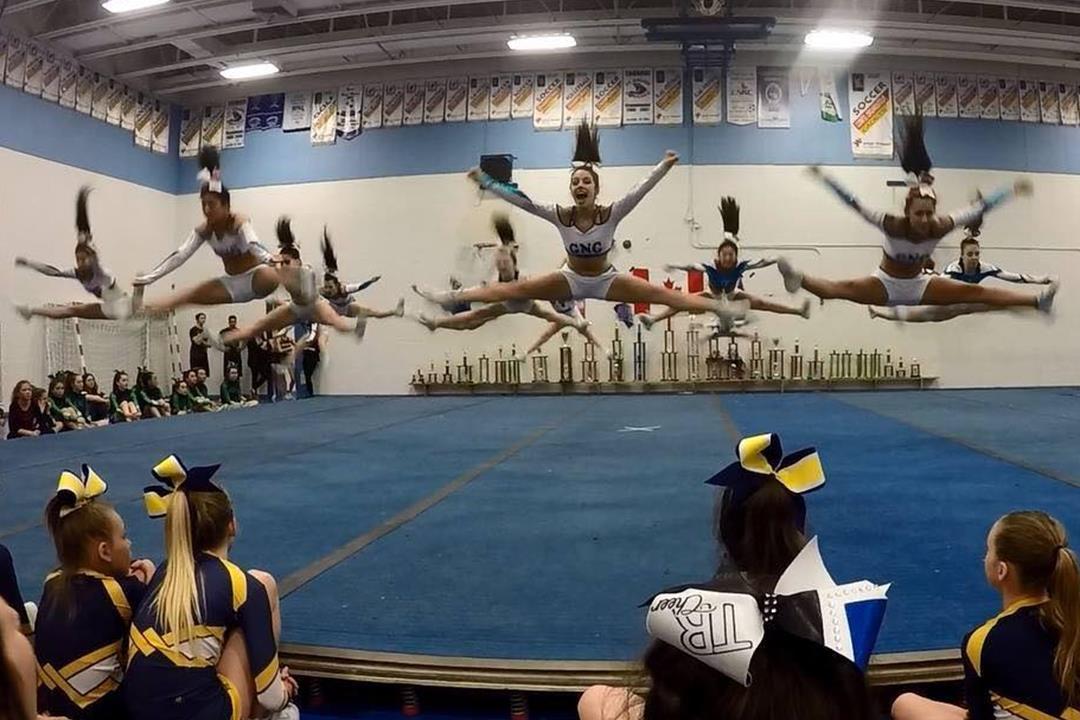 cheerleading saut